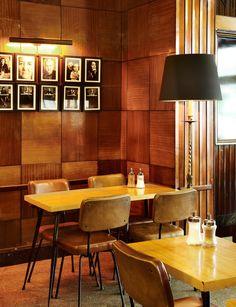 Salón Cafetería HD (C/ Guzmán el Bueno, 67 - Argüelles, Madrid) Interiorismo retro. http://www.grupolamusa.com/cafeteria-hd