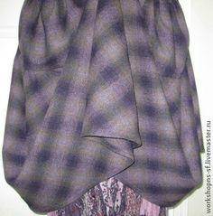 САРАФАН. Удобный сарафан в стиле БОХО, из мягкой, итальянской шерсти camel. Большие карманы, широкая оборка по низу. Возможно носить  с большой нижней юбкой, которая даст дополнительный объем в низу. Цветок выполнен из этой же ткани.