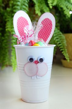 DIY-Quick and easy Easter treat cup!