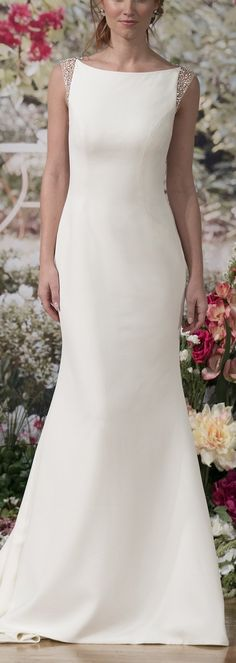 Wedding Dress by Maggie Sottero Fall 2017 NYBFW Runway Show / Evangelina for a chic and elegant look