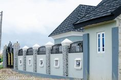 Construction Pictures Of A 5 Bedroom Bungalow With A Pent House - Properties - Nigeria House Fence Design, House Main Gates Design, House Outside Design, Village House Design, Gate Design, Bungalow Haus Design, Duplex Design, Modern Bungalow House, Bungalow Interiors