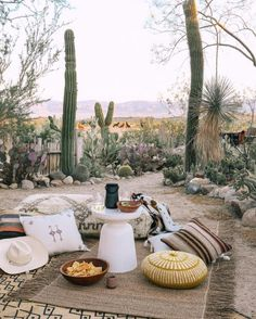 Bohemian Garden Backyard And Patio Ideas Simple And Beautiful People who desire to have bohemian decor in their houses seems really close. Desert Backyard, Luxury Tents, Decor Inspiration, Desert Homes, Glamping, Outdoor Living, Outdoor Spaces, Outdoor Patios, Outdoor Kitchens