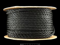 SOGA DE NYLON ALTO BRILLO DE 3MM DE DIAMETRO. 1 YARDA VARIEDAD DE COLORES DISPONIBLES. CODIGO: 3NR