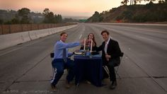 Carmageddon: Story Behind Photo of Trio Dining on 405 Revealed | Hollywood Reporter