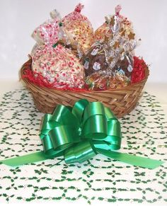 Scott's Cakes Large Frosty's Festive Christmas Basket no Handle Holly Wrapping -- Review more details @