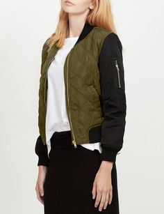 LE3NO Womens Classic Zip Up Quilted Bomber Jacket with Pockets