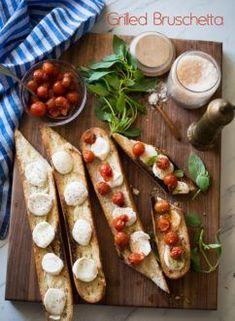 Grilled Bruschetta Recipe with Mozzarella Cheese, basil and Tomatoes @whiteonrice Yummy Appetizers, Appetizer Recipes, Italian Bruschetta Recipe, Recipes With Mozzarella Cheese, Grilled Bread, Bread Alternatives, Vegetarian Menu, Base Foods, The Fresh
