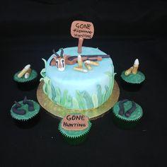 Mini Hunting cake with matching cupcakes (Bloemfontein cake & cupcakes) Edible Cake, Bullets, Cupcake Toppers, Preserves, Fondant, Icing, Period, Cake Decorating, Gun