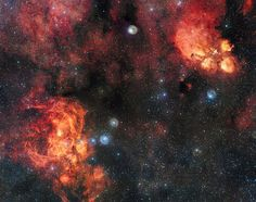 The Cat's Paw and Lobster Nebulae | por European Southern Observatory