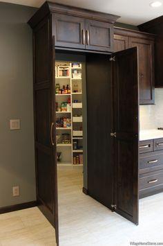 Kitchen Pantry Design, Big Kitchen, Modern Kitchen Design, Kitchen Layout, Home Decor Kitchen, Home Kitchens, Kitchen Store, Kitchen Ideas, Pantry Ideas