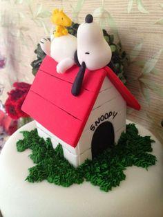 I Love Valentina: Festa Snoopy para Carol - Snoopy Party - Peanuts Party Snoopy Party, Snoopy Birthday, Humor Birthday, Happy Birthday, Bolo Snoopy, Snoopy Cake, Fancy Cakes, Cute Cakes, Fondant Cakes