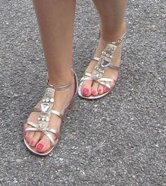 Dune gold, flat sandels for under long wedding dress ?