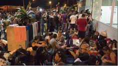 Panamá impide paso a cubanos que iban a Estados Unidos http://www.inmigrantesenpanama.com/2015/11/28/panama-impide-paso-cubanos-iban-estados-unidos/