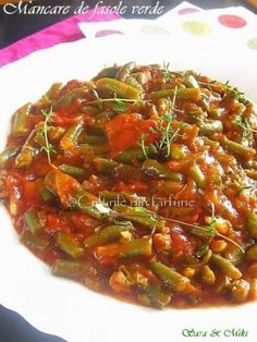 » Mancare de fasole verde in sos de rosiiCulorile din Farfurie Health Dinner, Fruit Drinks, Ratatouille, Vegetable Recipes, Food To Make, Recipies, Food And Drink, Soup, Yummy Food