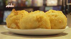 Así se prepara el frito de huevo, especialidad del Bar Río de Pamplona Pamplona, Tapas, Food And Drink, Bread, Cheese, Easy, Gastronomia, Gourmet, Appetizers