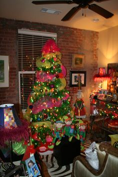 margaritaville tree!! Maybe this will be the Christmas tree I have when I move to Florida!