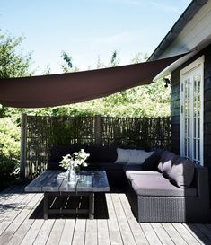 Billedresultat for terrasse Outdoor Pergola, Outdoor Lounge, Outdoor Spaces, Outdoor Living, Outdoor Decor, Backyard Furniture, Outdoor Furniture Sets, Terrace Decor, Front Porch Design