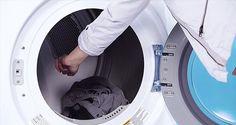 Mettre des glaçons dans son sèche linges afin d'enlever les plis sur les vêtements... A tester ! mais nos séchoirs ont la fonction de nos jours... a voir ! ;-)