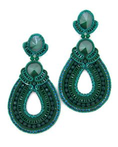Massive hoop teardrop beaded earrings in emerald green color Ultra lightweight Silver plated stud earrings with push back. Suitable for sensitive ears (nickel-free and lead-free) Earrings length: 8,5 cm Handmade Materials: soutache cord, Swarovski crystals, glass beads and