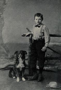 10 Great Facts about Writers and Dogs
