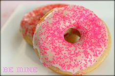 Be Mine Donuts: Fluffy Baked Cake Donuts With a Simple Glaze - MomAdvice Donut Delivery, Yummy Treats, Sweet Treats, Muffins, Cake Branding, Homemade Donuts, Diy Donuts, Baked Doughnuts, Donut Recipes