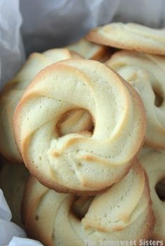 Danish Butter Cookies (Klassiske Vaniljekranse) These were always my favorite as a kid, so why not make them yourself?