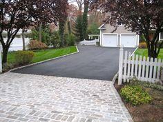 Driveway Paving Ideas With Asphalt Pavers Driveway Apron, Driveway Edging, Asphalt Driveway, Stone Driveway, Driveway Entrance, Driveway Landscaping, Driveway Culvert, Front Driveway Ideas, Backyard Walkway