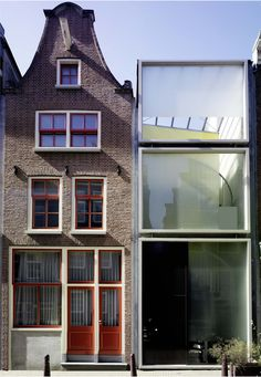 Claus en Kaan Architecten - Haarlemmerbuurt Housing, Amsterdam 1995 (prev). Via, photos (C) Ger van der Vlugt.