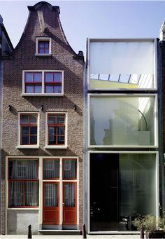 Claus en Kaan Architecten - Haarlemmerbuurt Housing, Amsterdam 1995 (prev). Via, photos (C) Ger van der Vlugt.