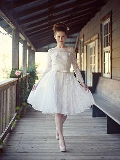 Retro-chic - from Park Place Vintage Lace Wedding Dress, Wedding Gowns, Harry Potter Outfits, Green Girl, Dress Out, Retro Chic, Vintage Outfits, Tulle, Flower Girl Dresses