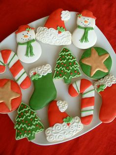 These adorable Christmas cookies are fun to have on a platter at your holiday party, or your dessert table on Christmas day! They are also great