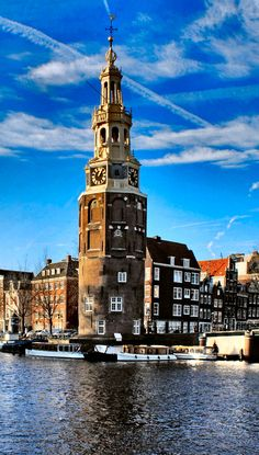 An awesome view of #Amsterdam city with cool blue sky.