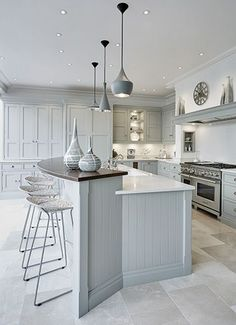Grey Family Kitchen – Tom Howley This grey family kitchen is a contemporary take on classic shaker kitchen design, the island caters for all your kitchen dining needs. Family Kitchen, Eat In Kitchen, Kitchen Living, Kitchen Tips, Kitchen Trends, Open Plan Kitchen, Kitchen Interior, Kitchen Decor, Rustic Kitchen