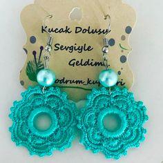 Crochet Jewelry Patterns, Crochet Earrings Pattern, Crochet Bikini Pattern, Crochet Accessories, Crochet Designs, Thread Crochet, Crochet Crafts, Fabric Crafts, Crochet Projects