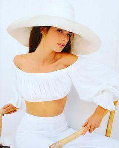 Mets ta belle robe blanche mario mercier