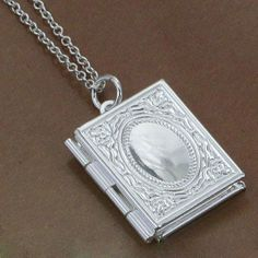 New Arrival Men Women Fashion Book Photo Locket Pendant Beaded Chain Necklace Gift Jewelry