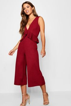 959069eb07 boohoo PETITE. Serving up the same statement styles in scaled down sizes