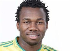 Bongani Khumalo signs with Wits   Cape Town - Former Bafana Bafana captain Bongani Khumalo has joined Bidvest Wits the club confirmed.  Click here to download our app  The 29-year-old was released by SuperSport United after joining Gordon Igesunds side at the beginning of the 2015/16 season.  The defender however only featured in ten games for Matsatsantsa.  Bongani is a quality player with whom both coach Gavin Hunt and I have worked with before and won league titles at SuperSport United…