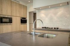 Keuken met stenen werkblad