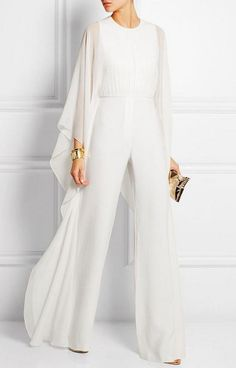 Solid Cape Sleeve Hollow Out Chiffon Wide-Leg Jumpsuit The solid color cape sleeve hollow out chiffon wide leg jumpsuit is a good choice of fashion and it suits many summer occasions. jumpsuit casual,jumpsuit outfit work,how to wear jumpsuit,casual jumpsu Elegante Jumpsuits, Unconventional Wedding Dress, White Outfits, Classy Outfits, Casual Outfits, White Fashion, Women's Fashion, Feminine Fashion, 2000s Fashion