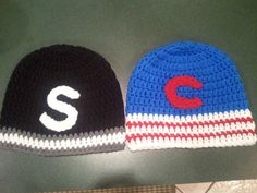 Chicago Cubs and Chicago White Sox hats Chicago Baseball, Chicago White Sox, Chicago Cubs, Crochet Cap, Crochet Beanie, Cubs Hat, Old Women, Crochet Projects, Kid Stuff