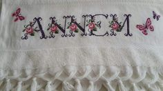 Bed Spreads, Handicraft, Towel, Cross Stitch, Salons, Amigurumi, Craft, Punto De Cruz, Lounges