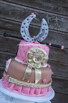 lekker zoet: Paarden taart voor Meghan sweet 16...
