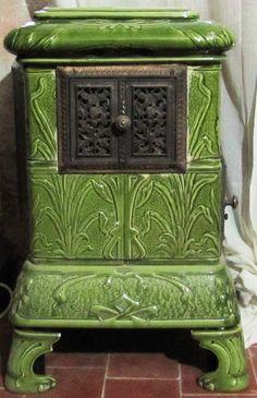 Art Nouveau Ceramic Tile Wood Log Stove in Green @ Antique French Stove Co Art Nouveau, Deco Champetre, Old Stove, Antique Stove, Antique Wood, Vintage Wood, Vintage Stoves, Maker, Shades Of Green
