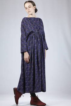 Daniela Gregis | long and wide dress in wool crêpe with octagonal 'rosettes' fantasy | #danielagregis
