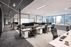 Woods Bagot's design of Quadrant Energy's new office fitout in Perth reflects significant internal changes in the company – with a shift away from individual offices to an open plan arrangement. Open Office Design, Open Space Office, Corporate Office Design, Office Interior Design, Office Interiors, Office Designs, Corporate Offices, Workspace Design, Office Workspace
