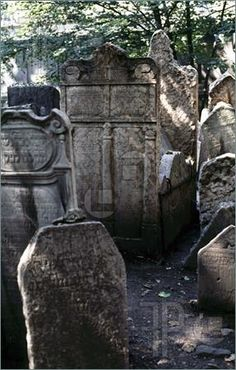 Photograph of Old jewish cementary in Prague