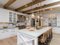 17 Charming Kitchen Lighting Ideas (to State Your Room Nuance) New Kitchen, Kitchen Dining, Kitchen Decor, Design Kitchen, Kitchen Island, Transitional Kitchen, Transitional Decor, Glass Cabinet Doors, Glass Shelves