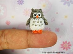 Tiny crochet owl..how cute