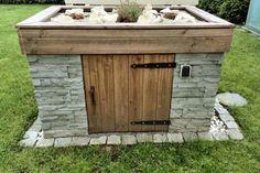 Pumpenhäuschen mit Steingartendach